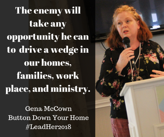 Gena McCownButton Down Your Home#LeadHer2018(2)